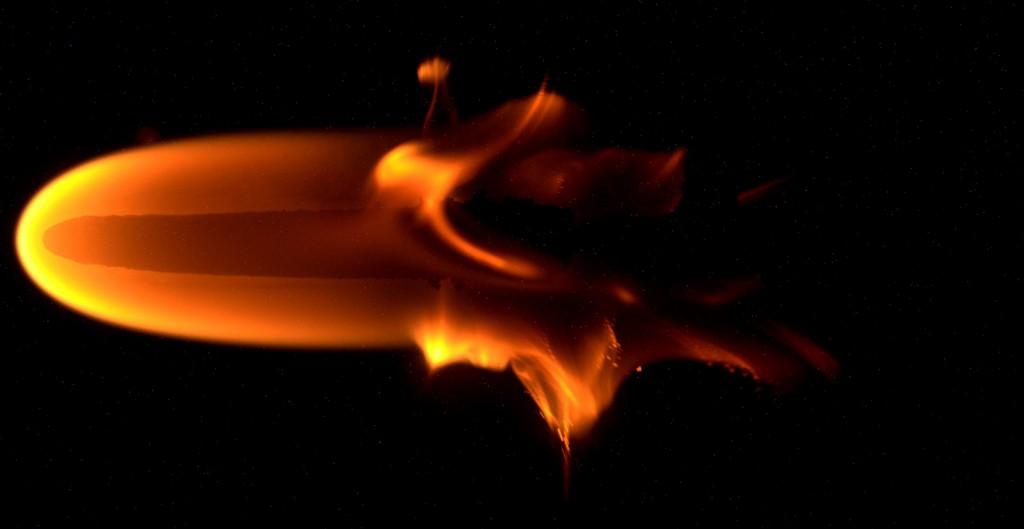 Microgravity_flame