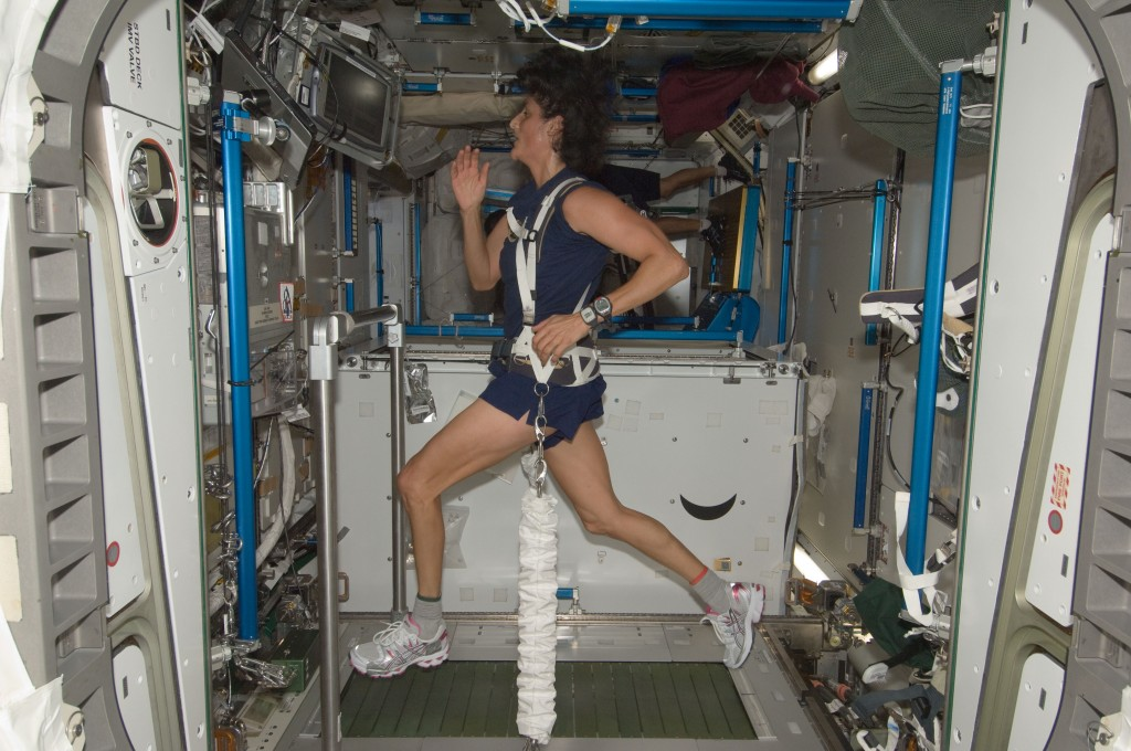 Expedition_32_Flight_Engineer_Sunita_Williams_exercises_on_COLBERT